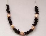 Náhrdelník ze sekaného granátu s perlami1-2
