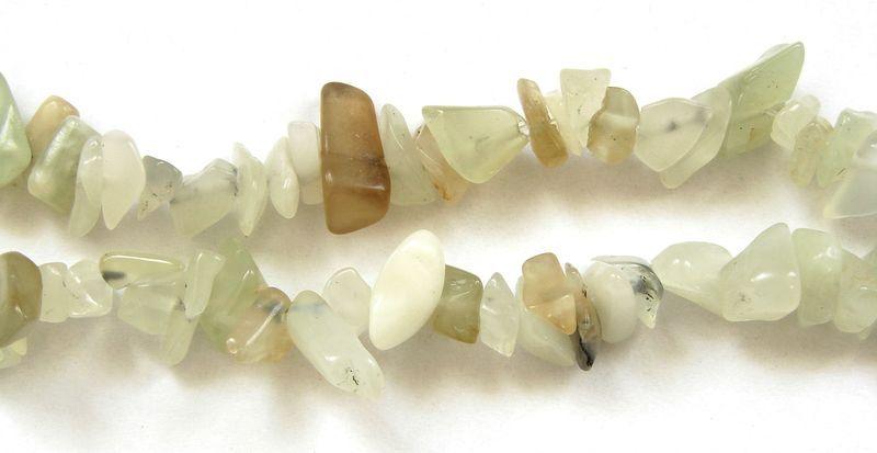 Sekané korálky ,,chipsy,, z přírodního jadeitu