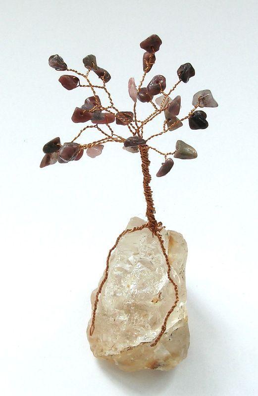 Stromeček štěstí z rodonitu (3)
