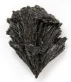 Černý kyanit - Ribeirao das Folhas, Brazílie
