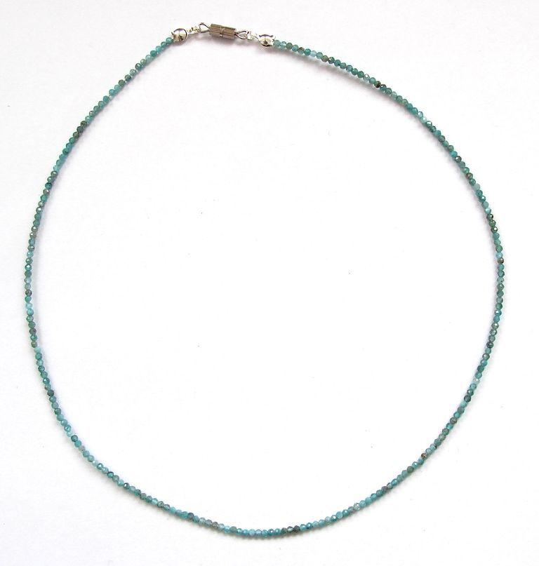 Fazetovaný apatit - náhrdelník (13)