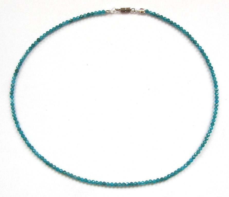 Fazetovaný apatit - náhrdelník (2)