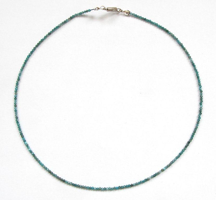 Fazetovaný apatit - náhrdelník (9)