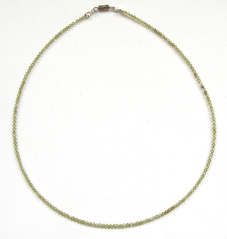 Fazetovaný olivín - peridot - náhrdelník (5)