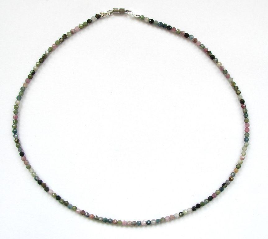 Fazetovaný turmalín - náhrdelník (15)