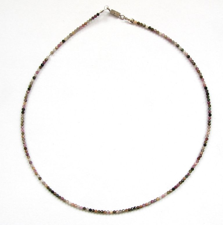 Fazetovaný turmalín - náhrdelník (4)