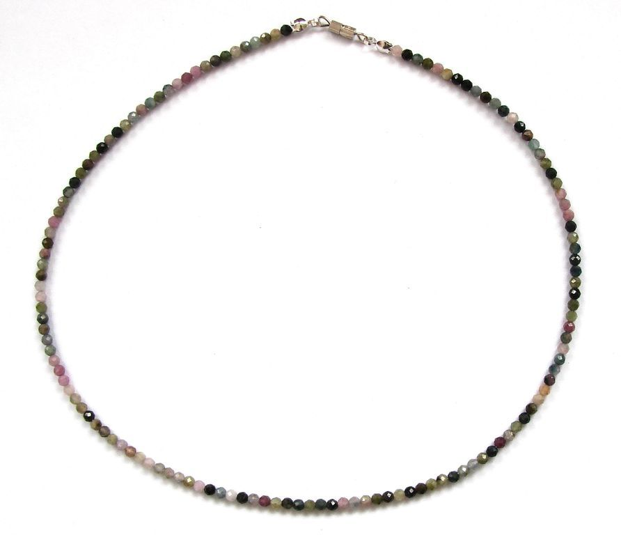 Fazetovaný turmalín - náhrdelník (8)