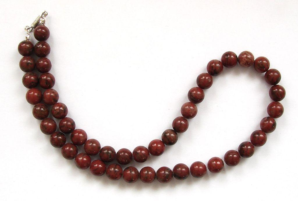Náhrdelník z brekciového jaspisu (7)
