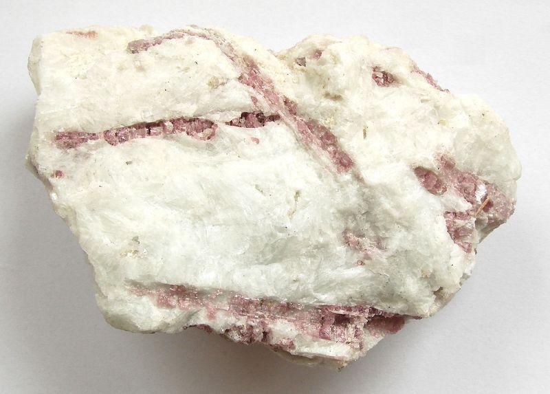 Barevný turmalín -rubelit - Brazílie (19)