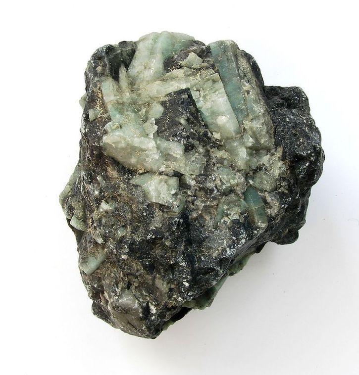 Surový kusový smaragd - Brazílie (30)