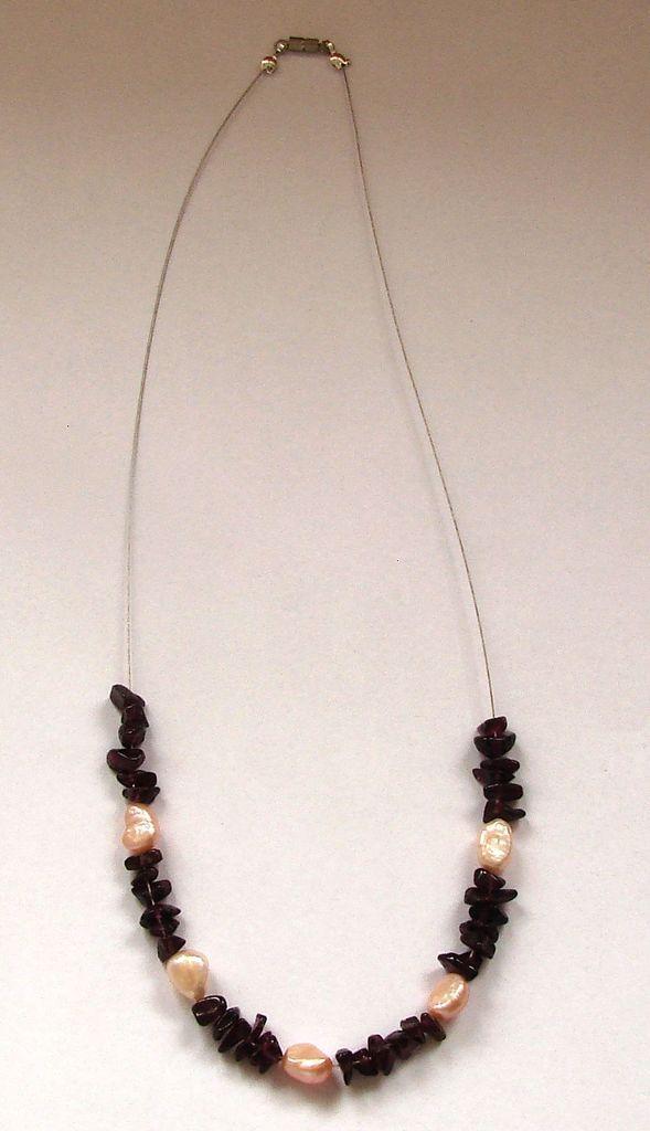 Náhrdelník ze sekaného granátu s perlami1-1