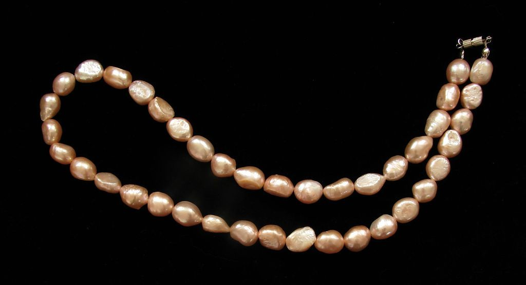 Perlový náhrdelník. Bílé barokové perly (3)