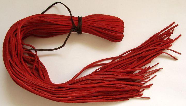Kůže - červená, 55 až 60 cm