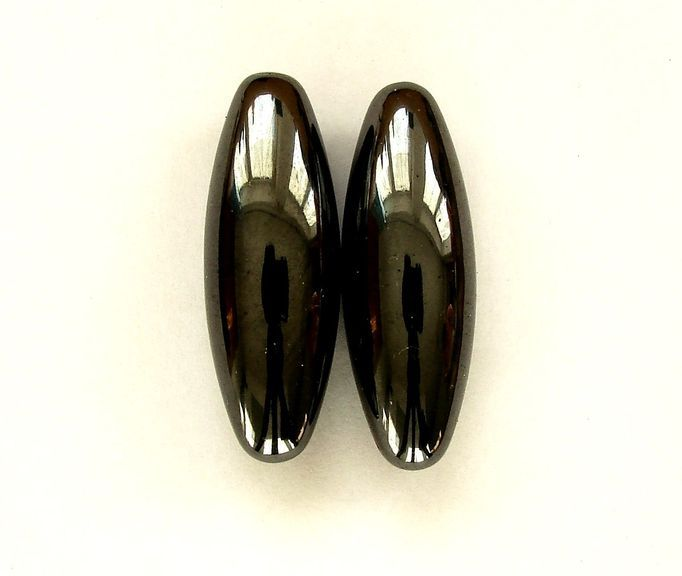 magnetický HEMATIT ,,cvrčci,, (1)